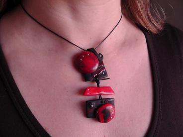 Collier Nouchka rouge et noir